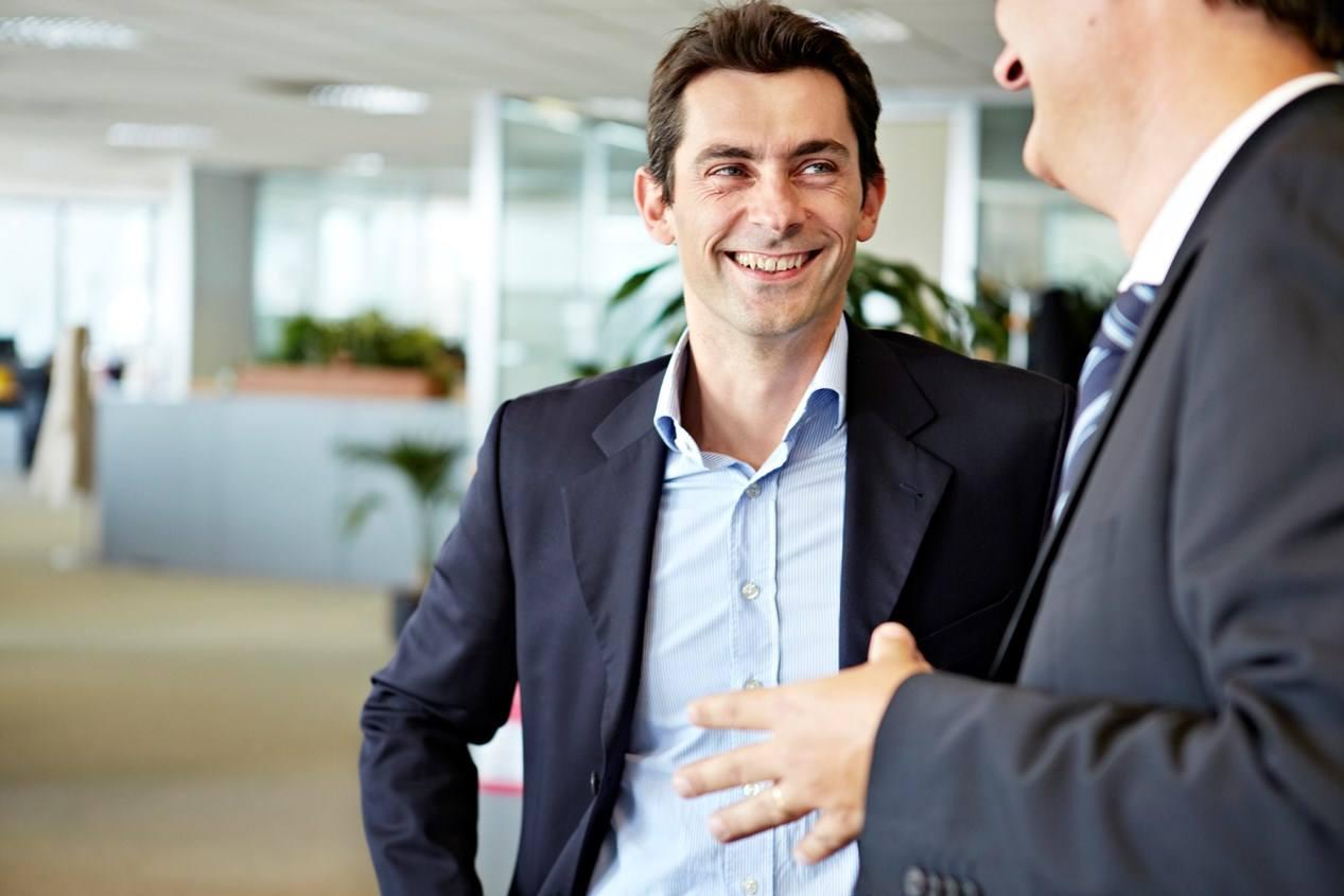 Gut informiert beim Kundengespräch: Was selbstverständlich klingt, ist nicht überall Alltag im Vertrieb. Quelle: Sage