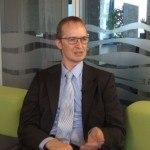 Oliver Henrich erklärt im Interview die Vorteile des neuen Office Line Webshops.
